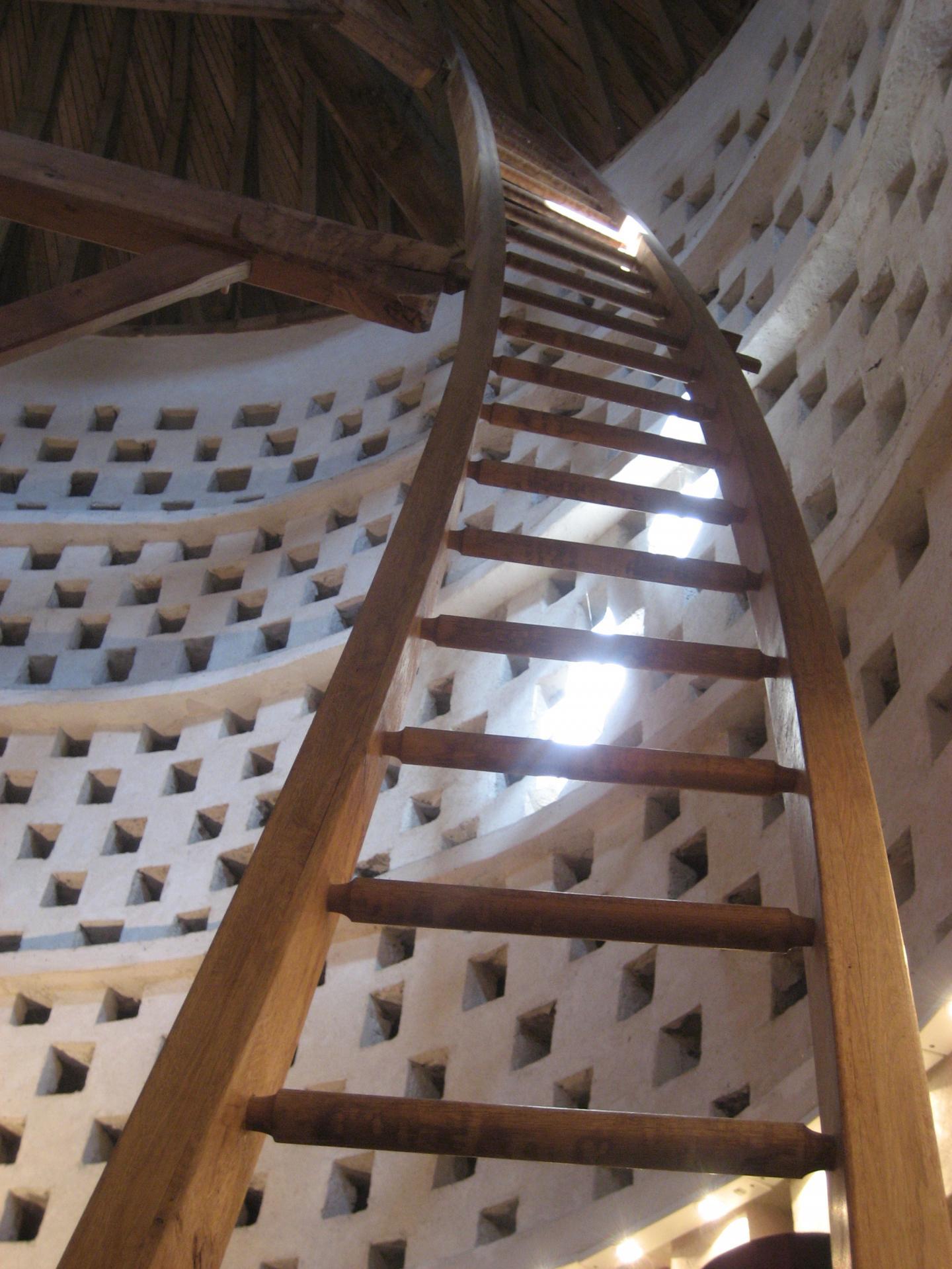 L'échelle tournante du colombier de Créteil