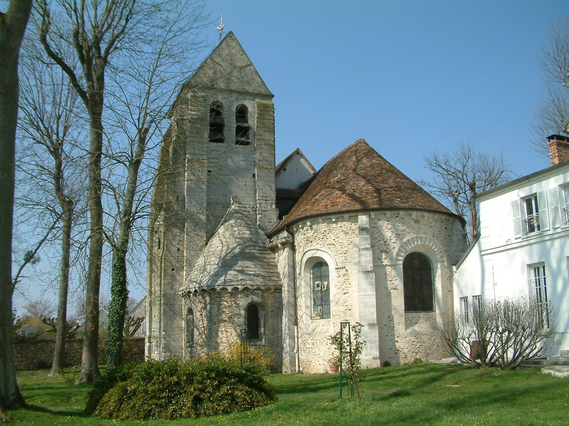 Le chevet de l'église de Marolles-en-Brie